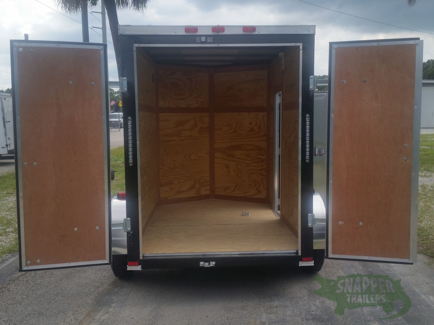 5×8 SA Trailer ... & 5x8 SA Trailer - Black Double Doors Side Door Side Vents ...