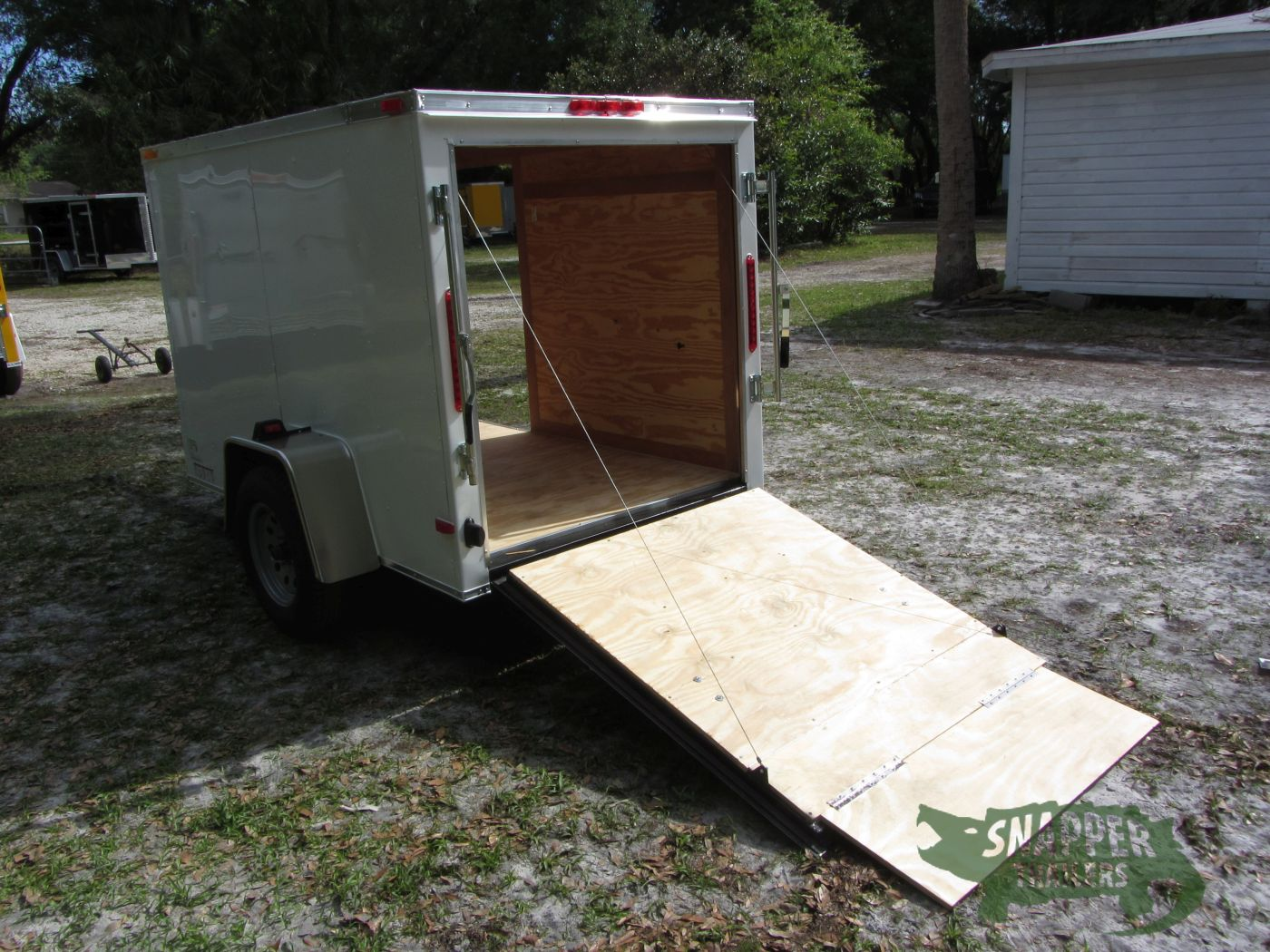 5x8 Sa Trailer White Ramp Side Door Snapper Trailers