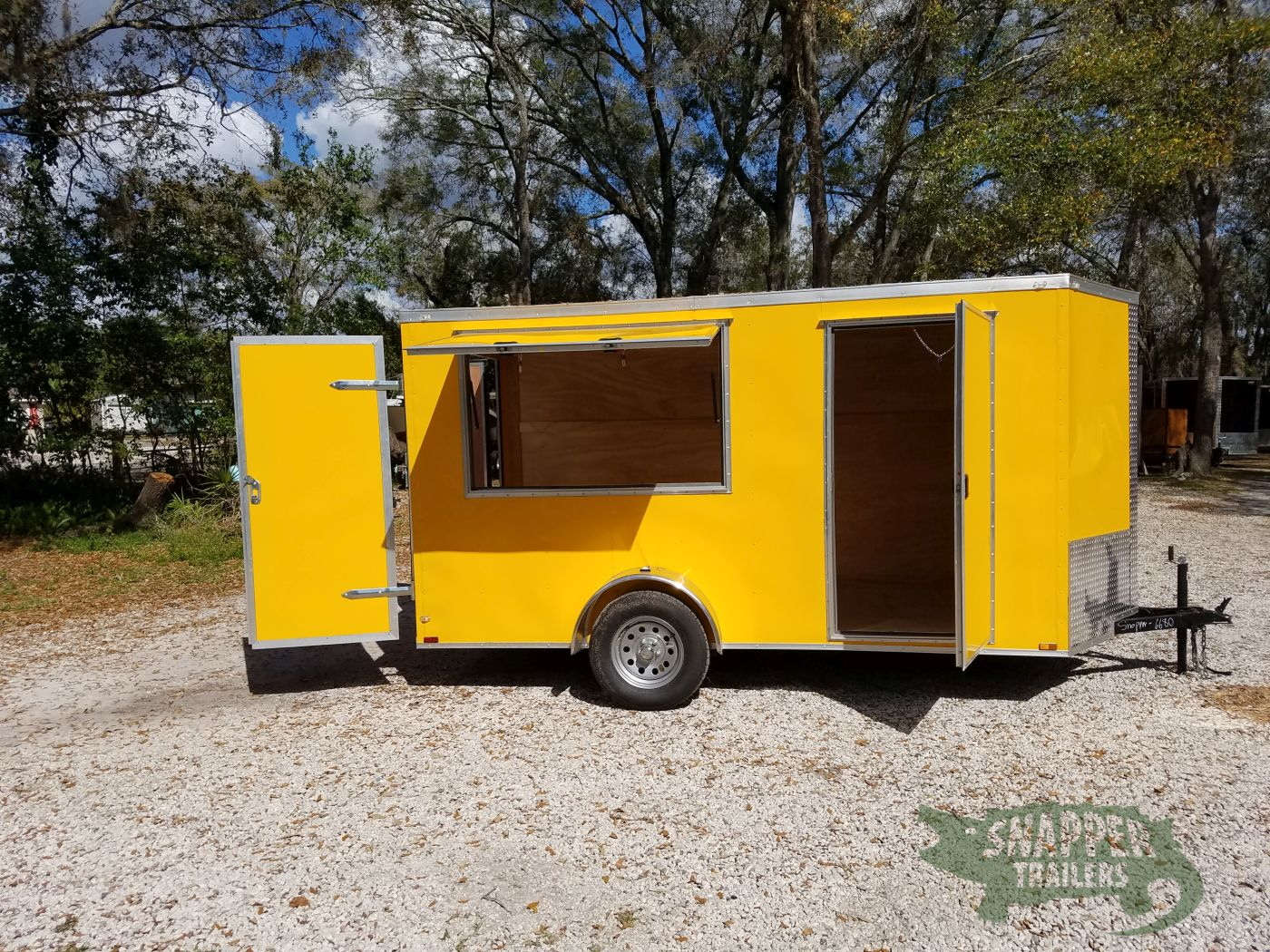 6x12 sa trailer yellow double doors side door extra for Rv height